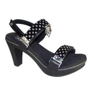 """black 3.5"""" heel sandals"""